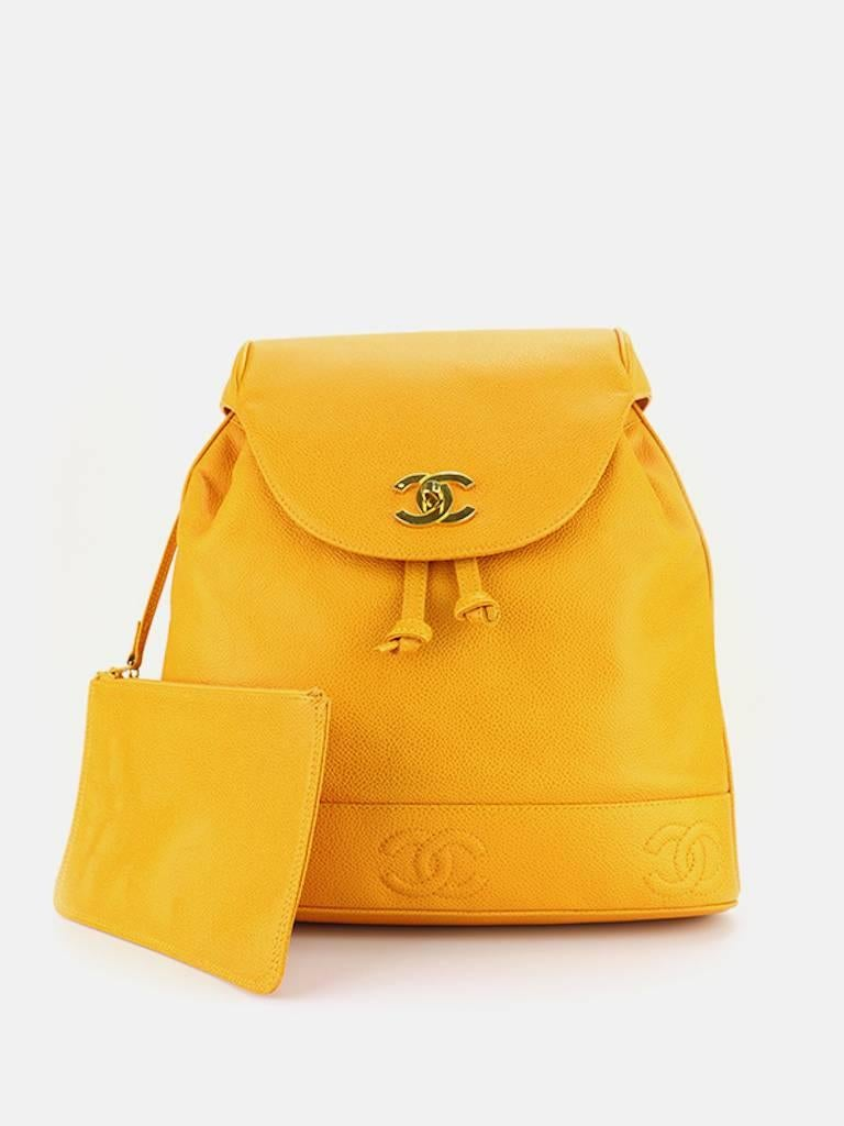 Chanel Orange Caviar Leather Backpack  In Excellent Condition For Sale In Sheung Wan, HK
