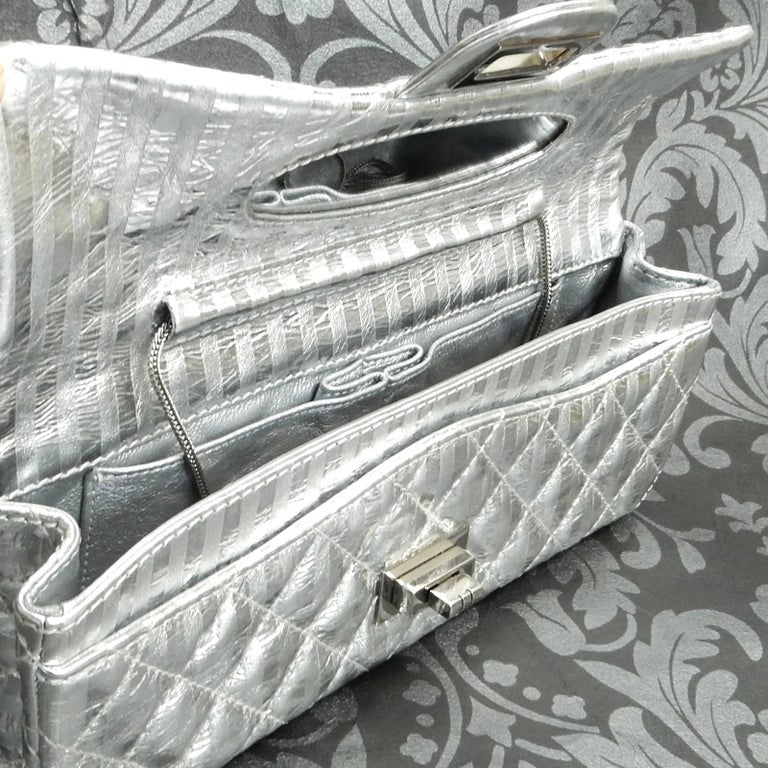 Chanel Silver Metallic Quilted Calf Skin Leather Flap Reissue Shoulder Bag For Sale 2