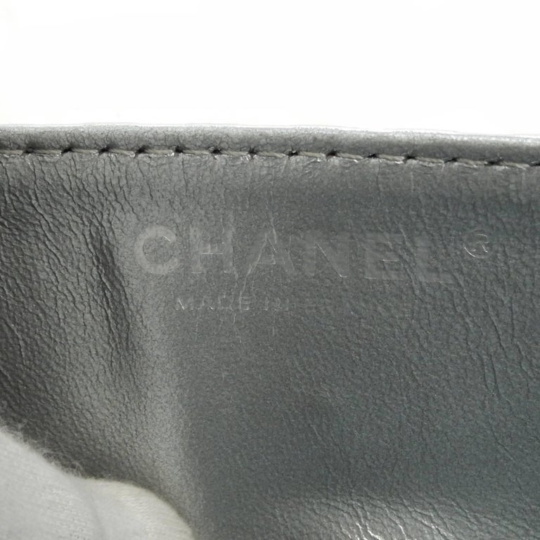 Chanel Silver Metallic Quilted Calf Skin Leather Flap Reissue Shoulder Bag For Sale 4