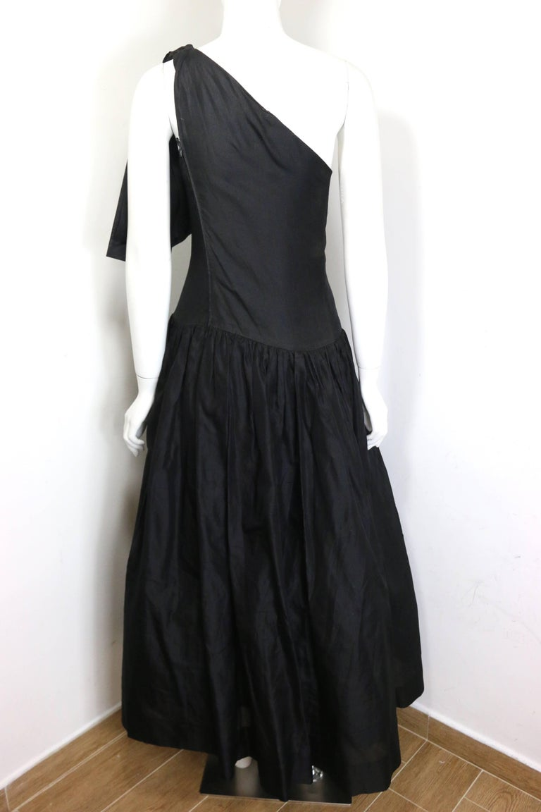 Women's Chanel Black Silk Taffeta One Shoulder Evening Gown (Museum Quality)  For Sale
