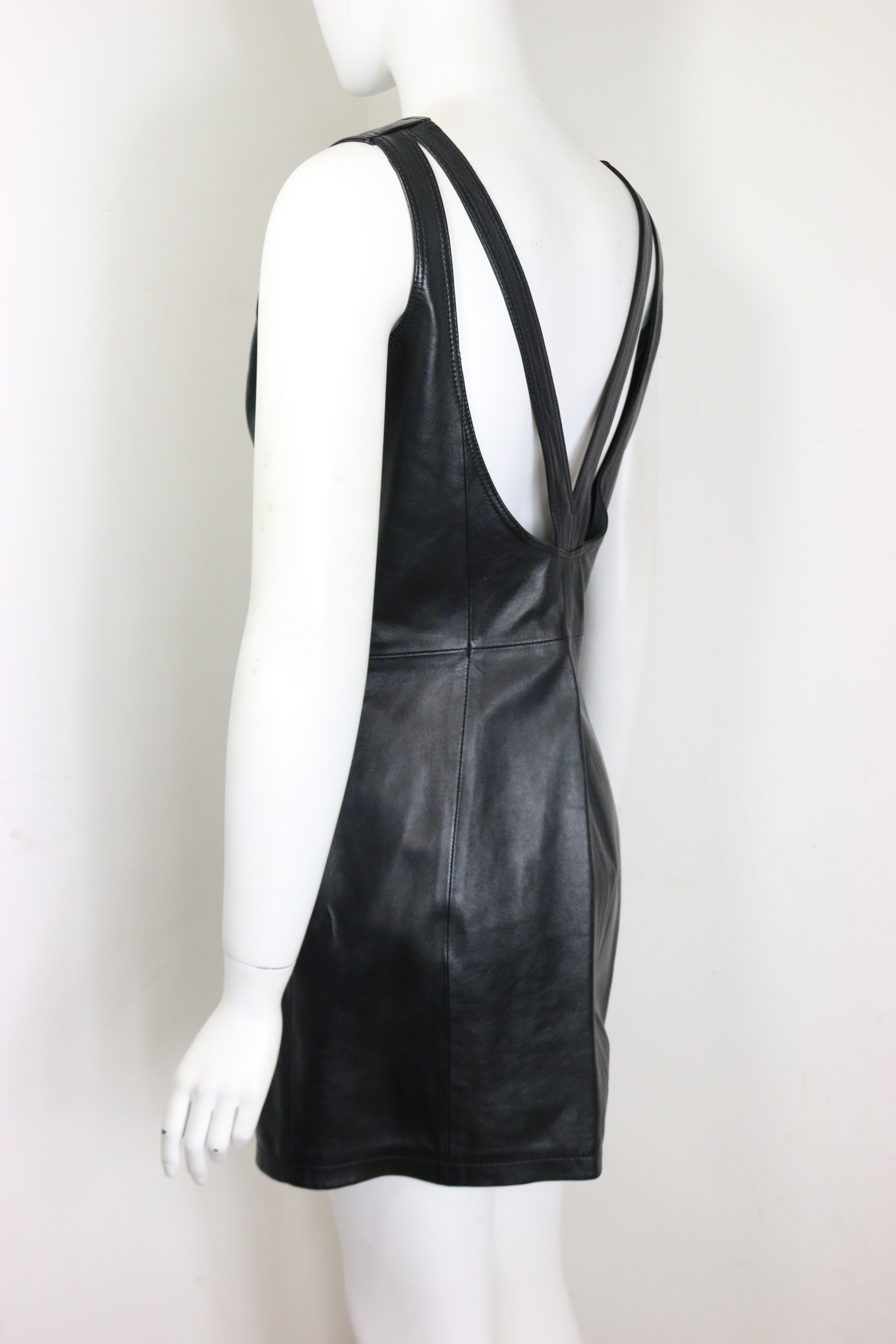 b74027ecdab Gianni Versace Iconic Black Leather Back Cut Out Dress For Sale at 1stdibs
