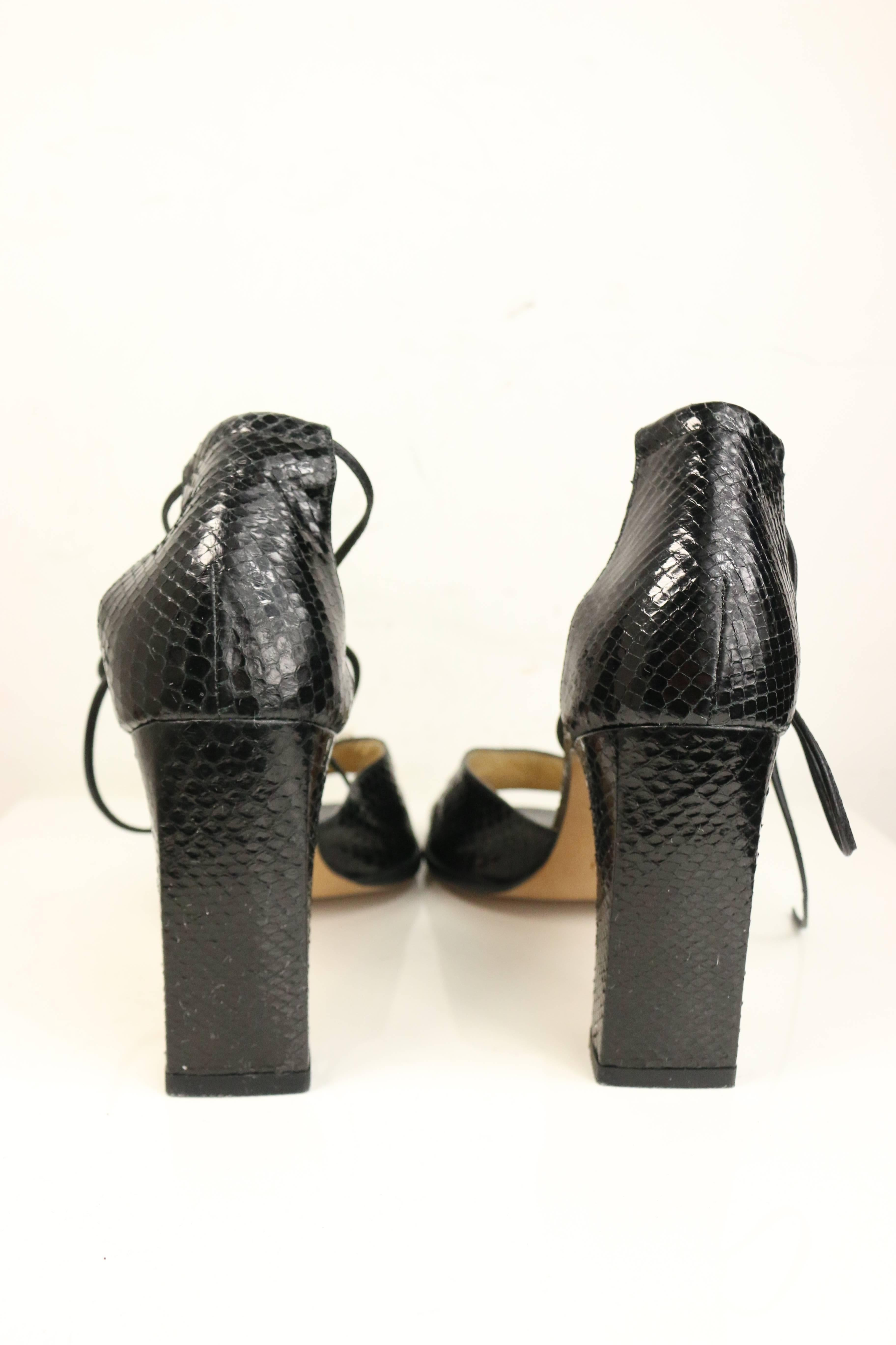 women os fes strappy dsk hero modesens tom with feather heels shop black for sandal trim rgb a blb coverbg pdp shoes ford