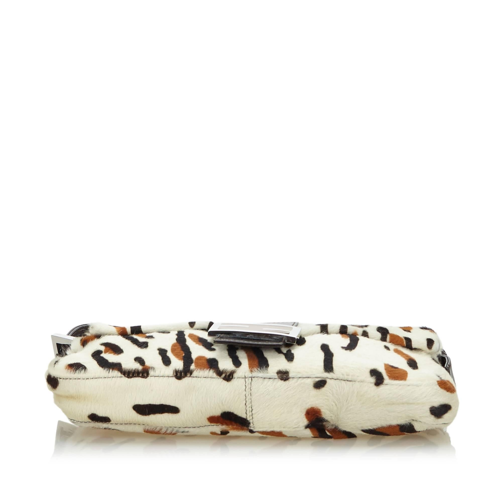 Fendi Ox Animal Print Fur Baguette Jftbn