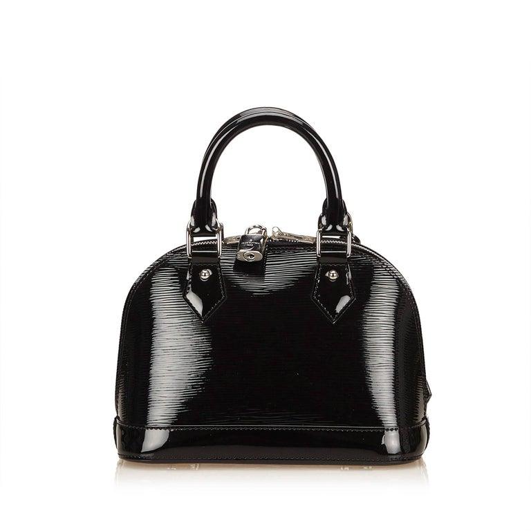 Women's Louis Vuitton Black Epi Alma BB Shoulder Bag For Sale