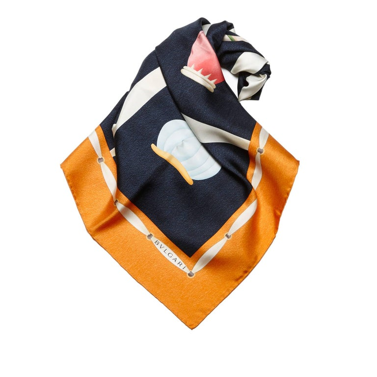 - This colourful vintage style Bvlgari scarf features a pattern printed on 100% silk.   - Made in Italy.   - Size: 86cm x 87cm.   - Include: Original Box.