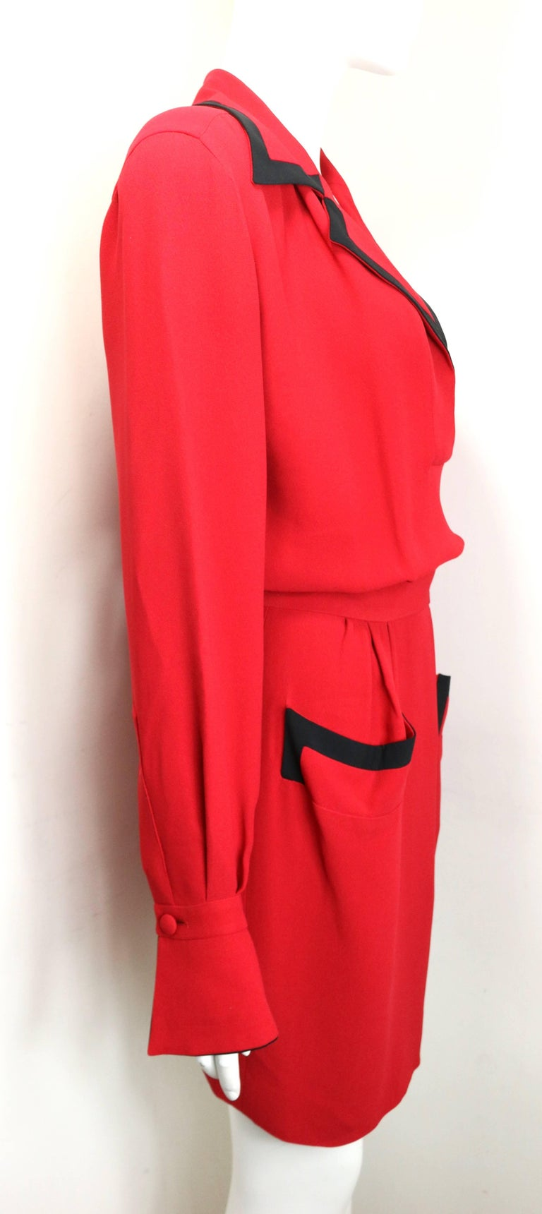 90s Moschino Couture Red Piping Black Trim Long Sleeves Dress  In Excellent Condition For Sale In Sheung Wan, HK