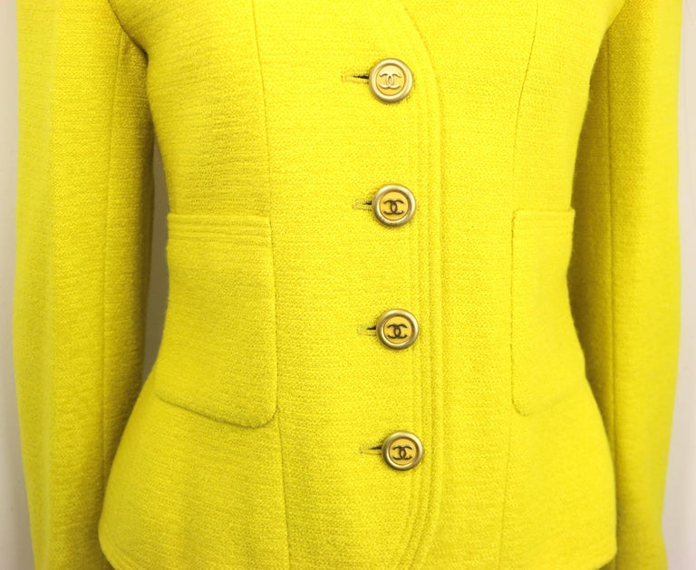 Women's Vintage A/W 1994 Chanel Yellow Wool Jacket For Sale
