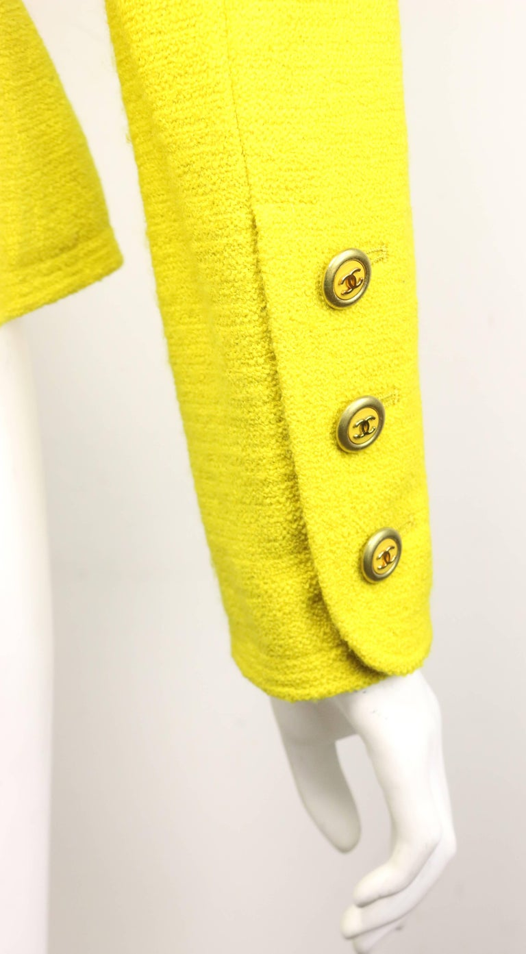 Vintage A/W 1994 Chanel Yellow Wool Jacket For Sale 1