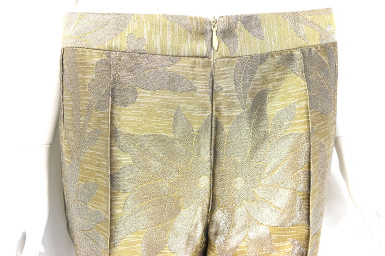 - Vintage 90s Dries Van Noten oliver and silver floral embroidered silk pants.   - Straight leg cutting.   - Back zip closure.   - Size 40.   - 49% Acetate, 30% Silk, 15% Rayon, 6% Polyester.