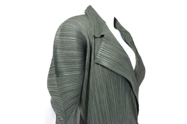 Issey Miyake Pleats Please Green Pleated Long Belted Coat   For Sale 2