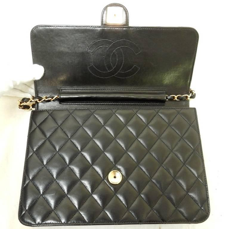Chanel Black Quilted Lambskin Leather Flap Shoulder Bag For Sale 3