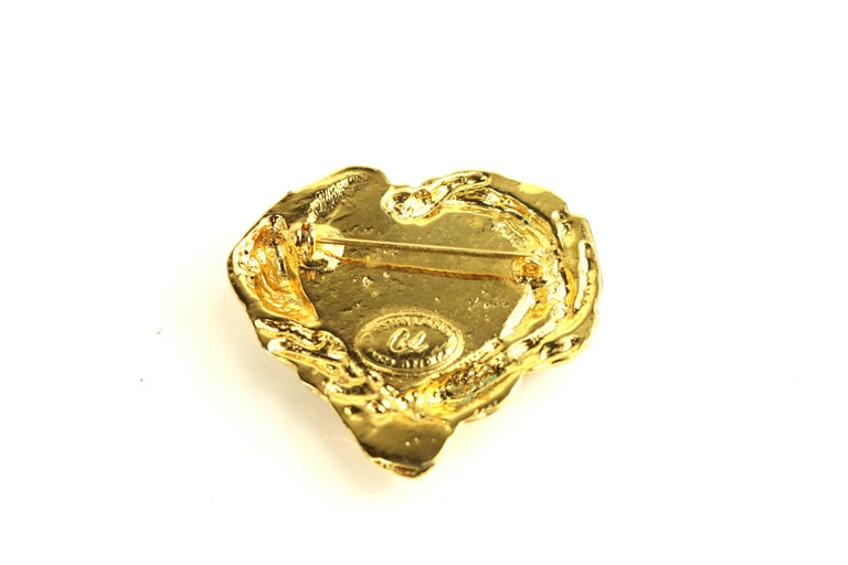 Christian Lacroix Gold Toned Setting Green Gripoix Heart-Shaped Brooch  For Sale 1