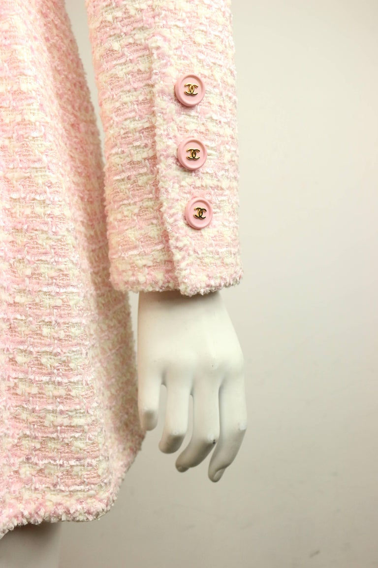 Chanel White and Pink Tweed Jacket For Sale 2