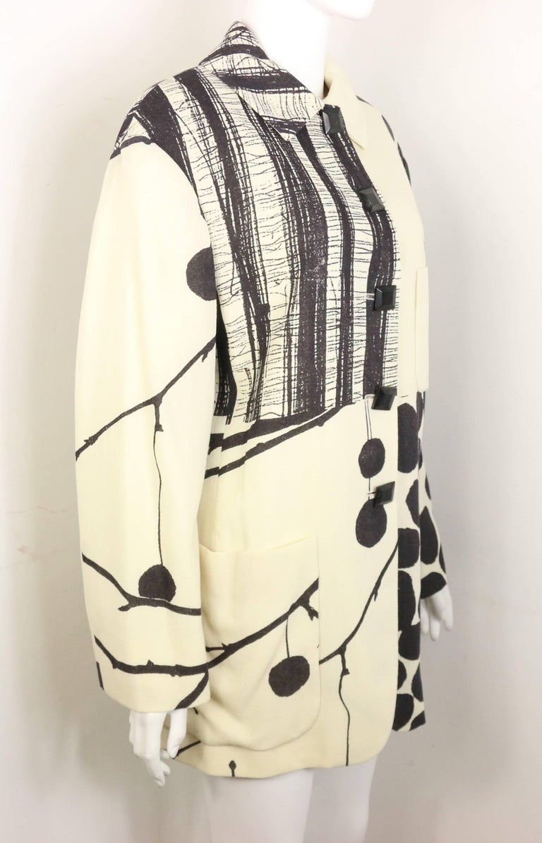 Moschino Couture White Organic Wool Fabric Jacket  In Excellent Condition For Sale In Sheung Wan, HK