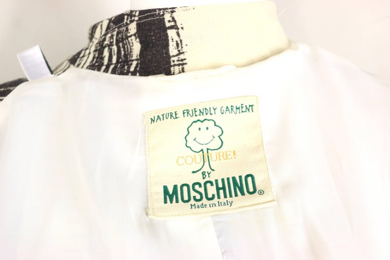 Moschino Couture White Organic Wool Fabric Jacket  For Sale 4