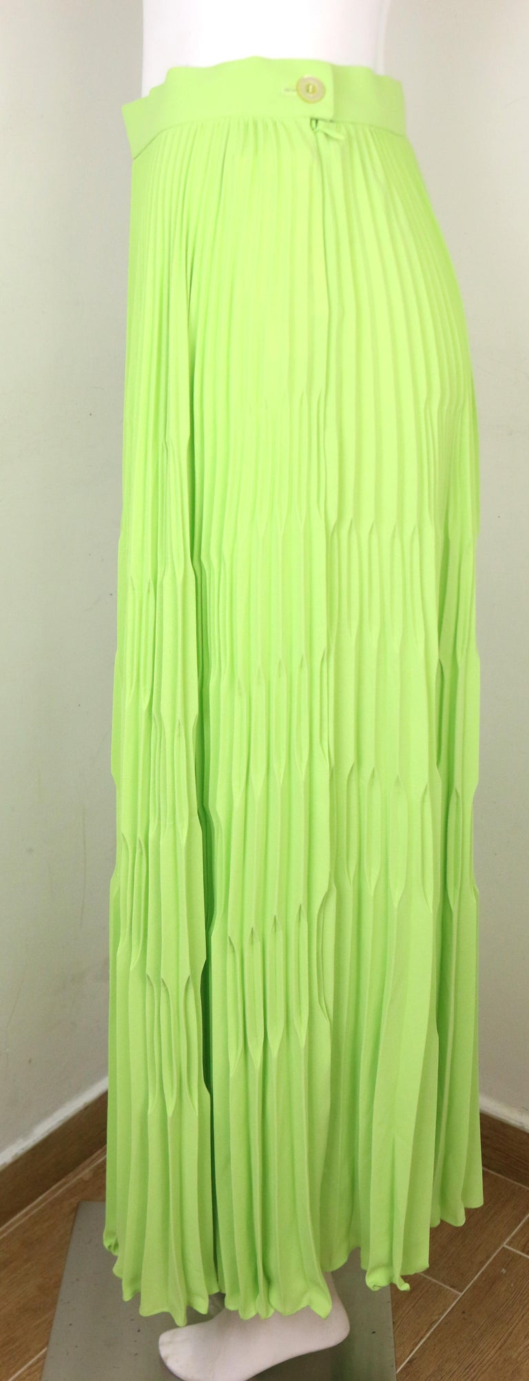 Women's Escada Green Polyester Pleated Long Skirt  For Sale