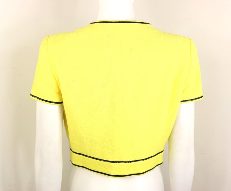 Chanel Yellow Cotton Short Sleeves Cropped Jacket In Excellent Condition For Sale In Sheung Wan, HK
