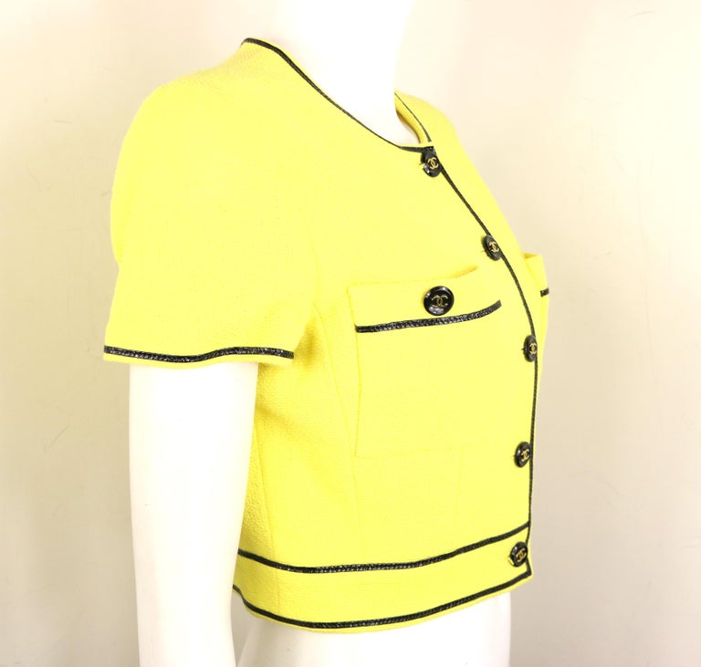 Chanel Yellow Cotton Short Sleeves Cropped Jacket For Sale 2