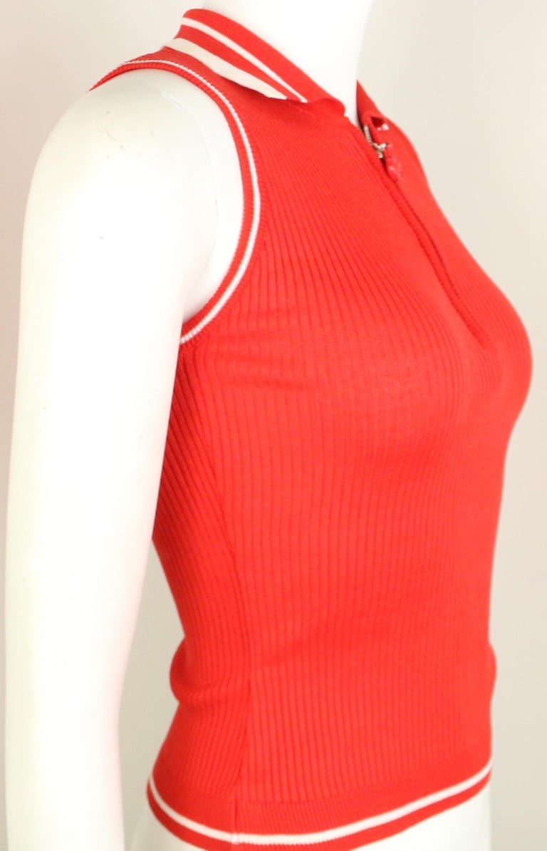 Gianni Versace Couture Red and White Knitted Sleeveless Top and Cardigan Twinset For Sale 3