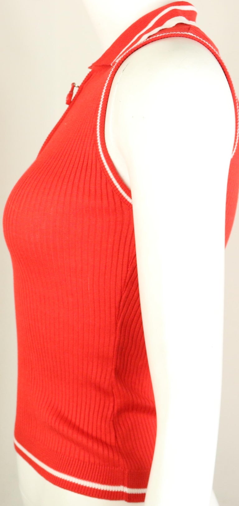 Gianni Versace Couture Red and White Knitted Sleeveless Top and Cardigan Twinset For Sale 5