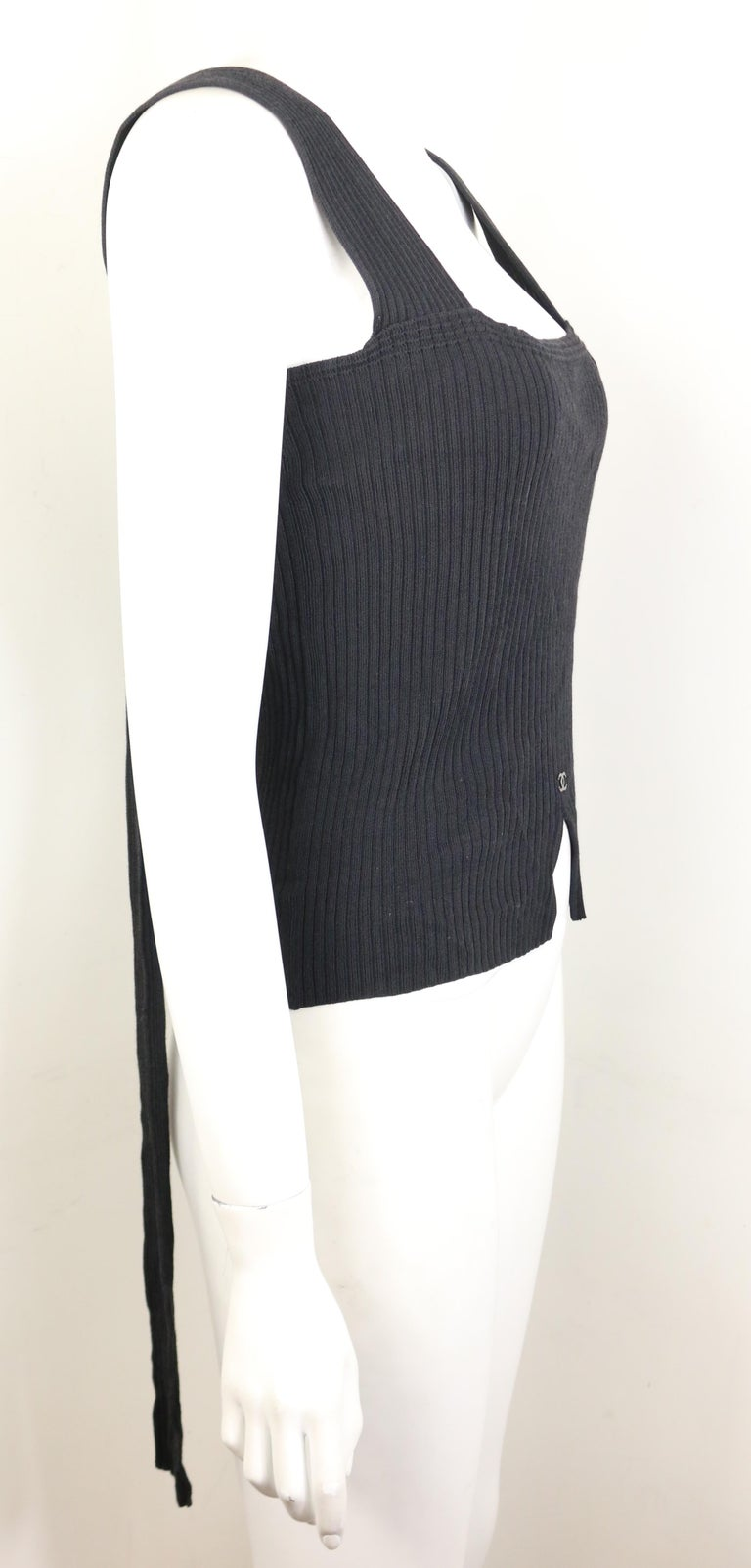 Chanel Black Knitted Cotton and Rayon Sleeveless Top For Sale 1