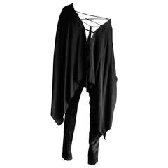 That Amazing Tom Ford Gucci FW 2002 Black Silk Gothic Poncho & Pants IT 40!