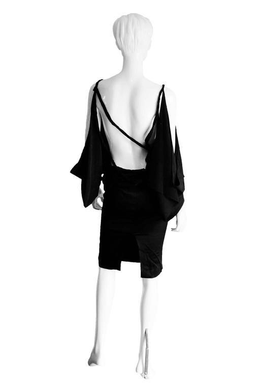 Amazing Tom Ford Gucci FW 2002 Black Silk Gothic Kimono Runway Top & Skirt! 40 3