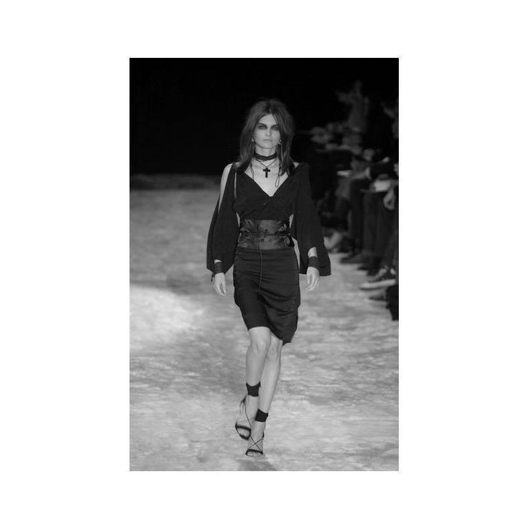 Amazing Tom Ford Gucci FW 2002 Black Silk Gothic Kimono Runway Top & Skirt! 40 6