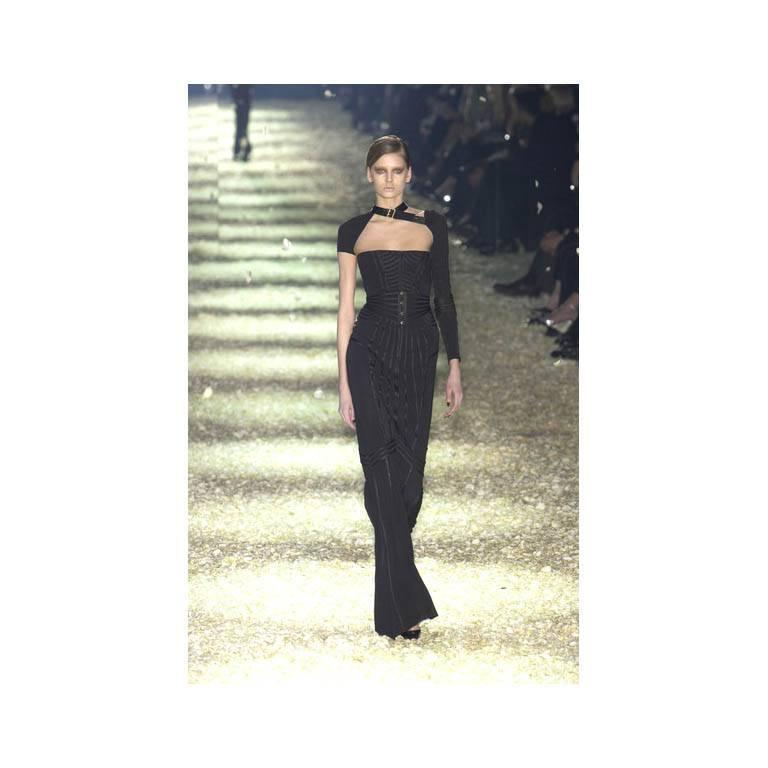 Incredibly Rare & Iconic Tom Ford Gucci FW 2003 Black Silk Corseted Runway Gown 7