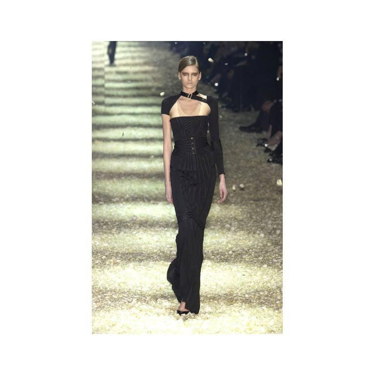 Incredibly Rare & Iconic Tom Ford Gucci FW 2003 Black Silk Corseted Runway Gown 6