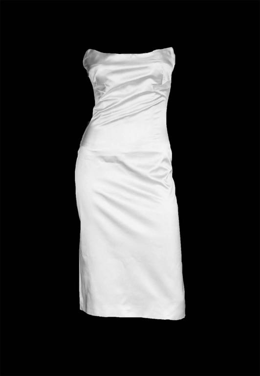 That Iconic Tom Ford Gucci SS 2001 White Silk Corset Runway Dress In Italian 44! 2