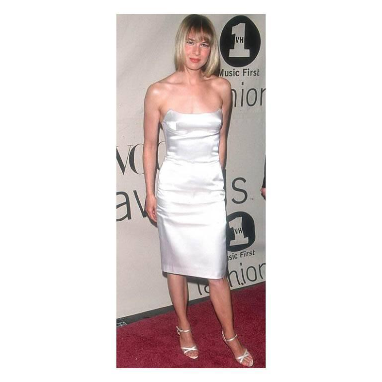 That Iconic Tom Ford Gucci SS 2001 White Silk Corset Runway Dress In Italian 44! 7