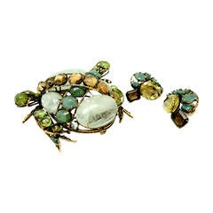 Vintage 1980's  Iradj Moini Genuine Stone Frog Pin & Earrings