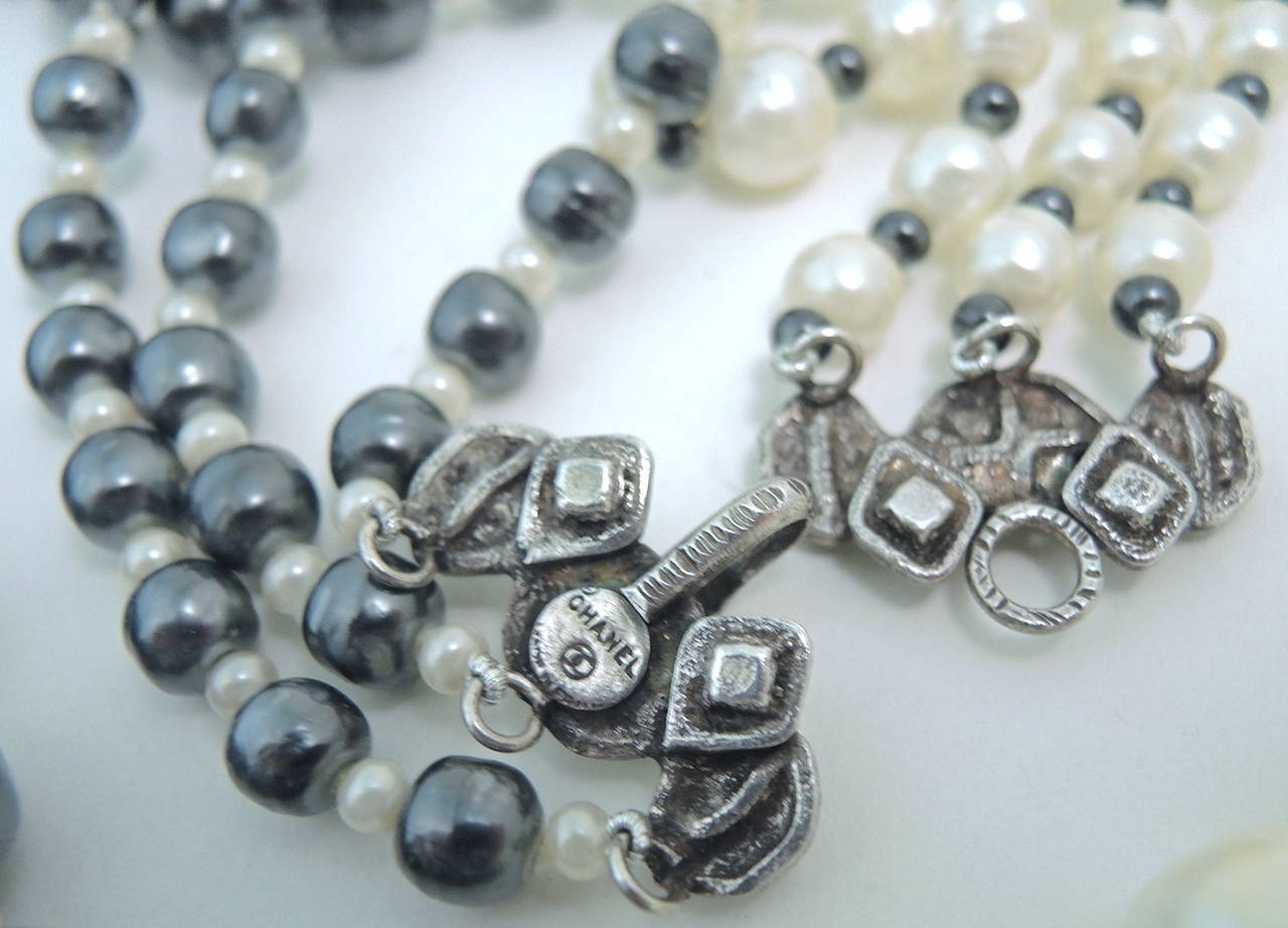 Vintage Signed Chanel 3-Strand Gray & White Faux Pearl Necklace 3