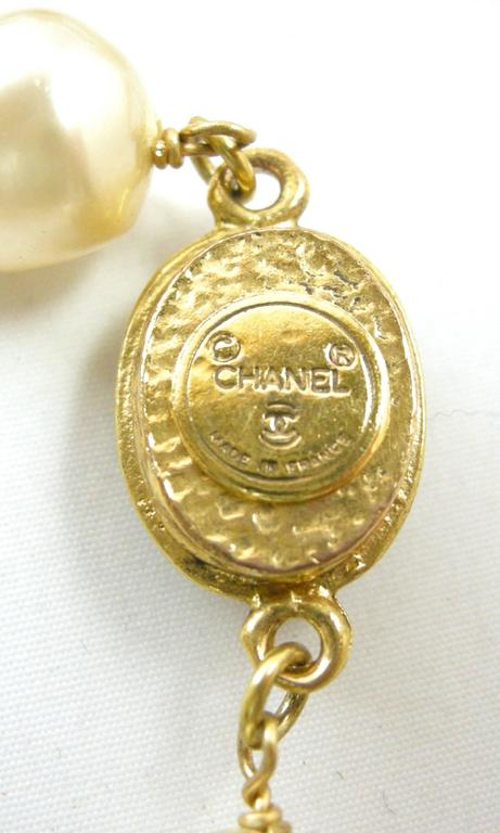 LONG Vintage 80s Signed Chanel Gripoix Glass & Faux Pearl Necklace Sautoir 4