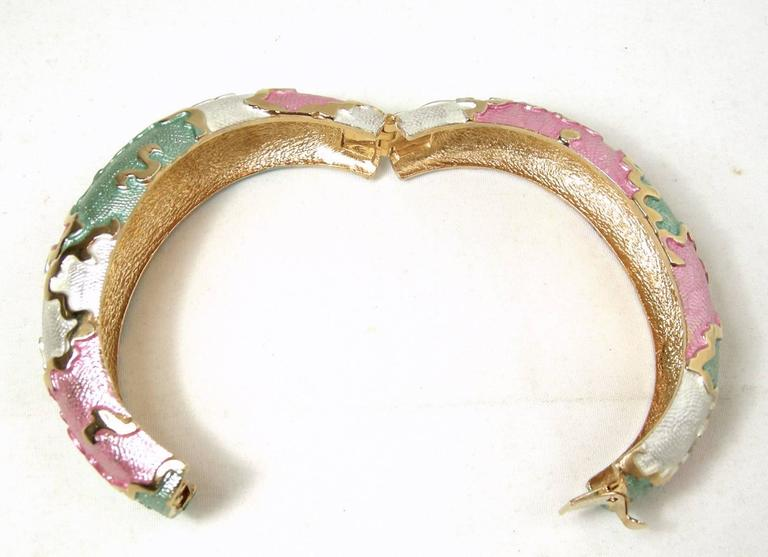 Vintage 1970's Multi Color Iridescent Enamel Bracelet In Excellent Condition For Sale In New York, NY