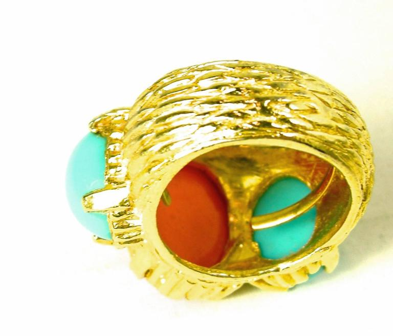 Faux Turquoise Coral Vintage Cocktail Ring, 1980s  In Excellent Condition For Sale In New York, NY