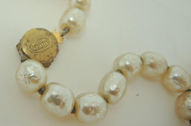 Signed 1950s Miriam Haskell Single Strand Faux Pearl Necklace 4