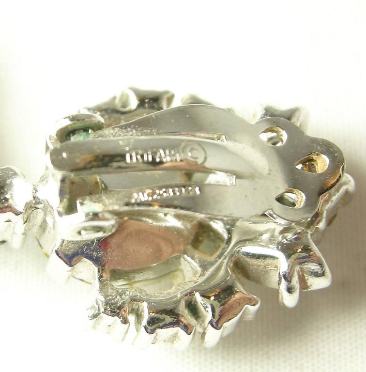 Vintage 1950s Trifari Crystal Drop Earrings 4