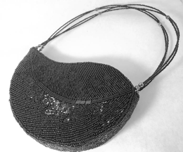 Beautiful Bugle Bead Leaf Hand Bag 3