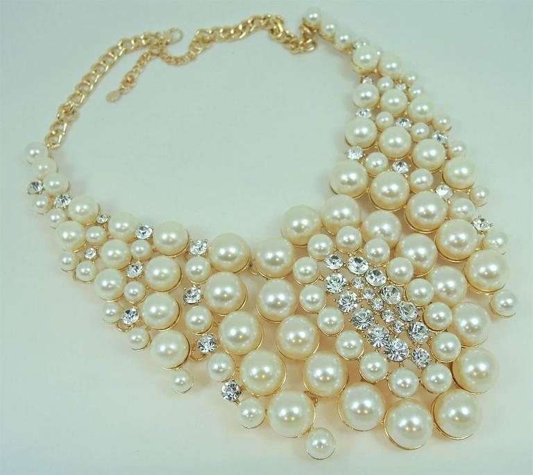 Famous Courrege Chunky Cascading Faux Pearl Statement Necklace 2