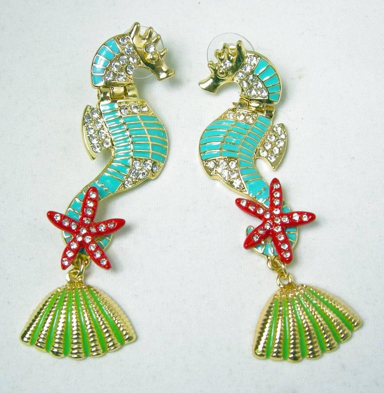 Butler & Wilson Seahorse Pierced Earrings? In Excellent Condition For Sale In New York, NY