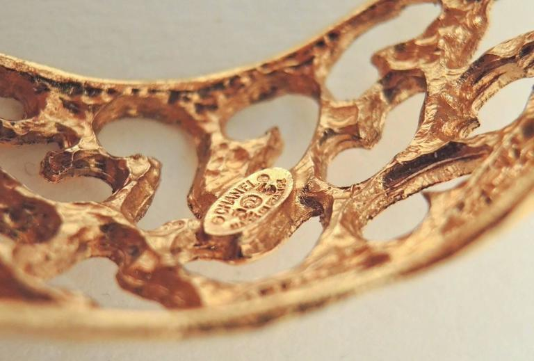 Vintage Signed Chanel season 25 Open-Work CC Cuff Bracelet In Excellent Condition For Sale In New York, NY