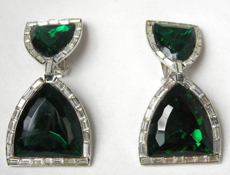These Gorgeous Clip Earrings Are Designed By Donald Stannard They Made To Look Like