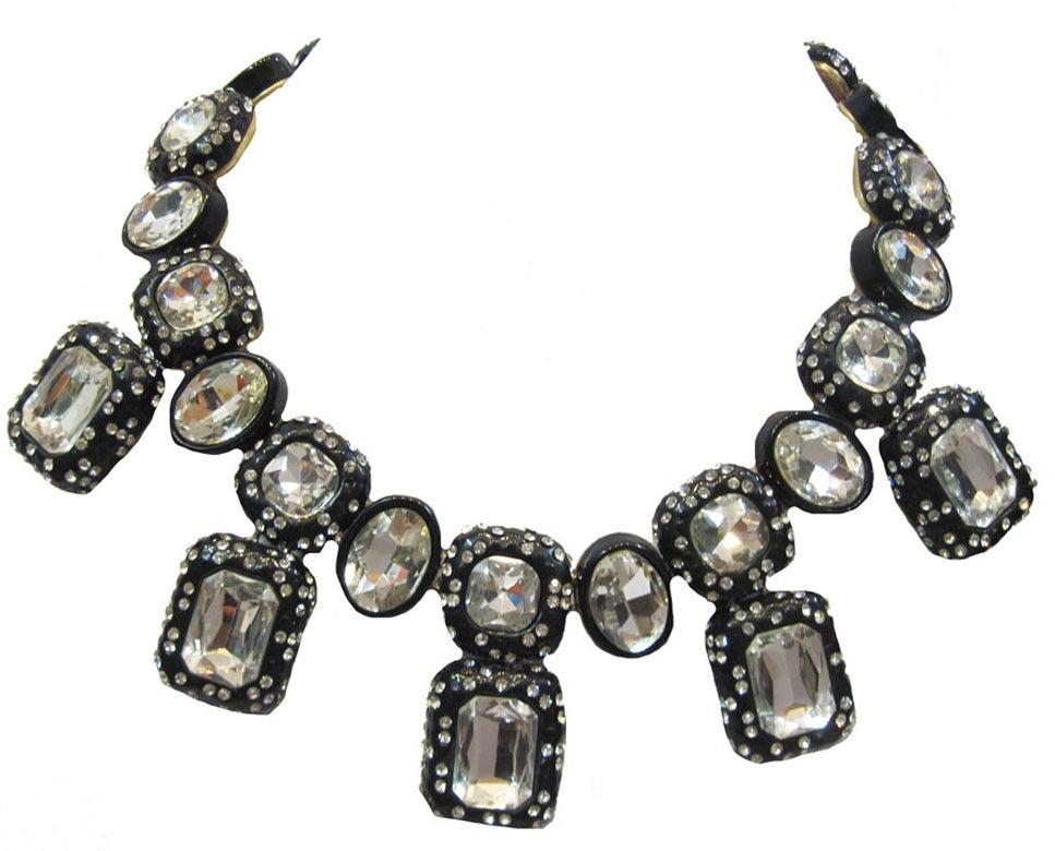 Oscar de la Renta Black Enamel & Clear Rhinestone Necklace In Excellent Condition For Sale In New York, NY