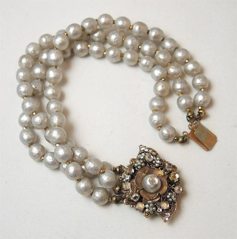 how to make a 3 strand pearl bracelet