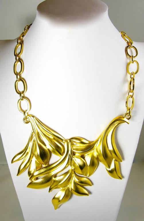 Oscar De La Renta Golden Leafy Floral Necklace 4