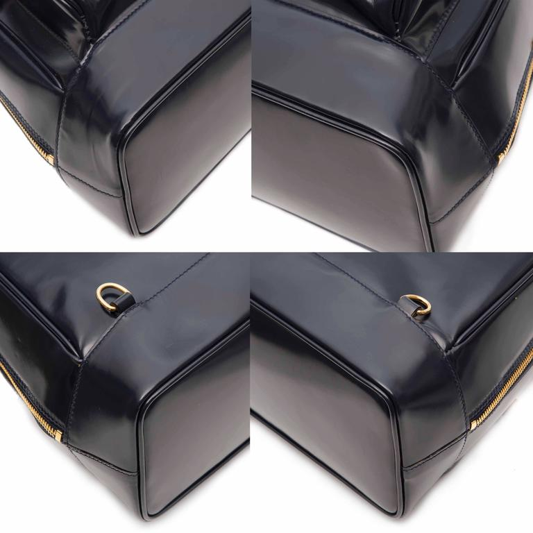 Gucci Black Leather Backpack  10