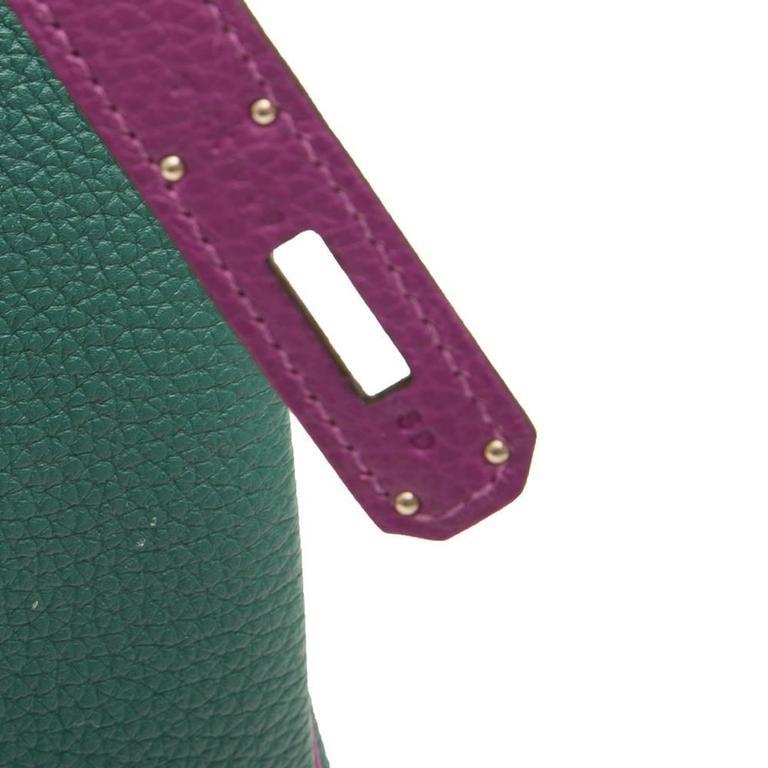 Hermès Bi-Tone Malachite Green /Anemone  Birkin 35 Handbag For Sale 2