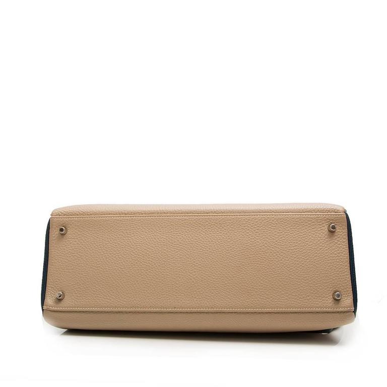 Beige Hermes Bi-tone Kelly 40cm Handbag SPECIAL ORDER For Sale
